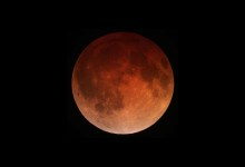 Lunar_eclipse_April_15_2014_California_Alfredo_Garcia_Jr1-220x150